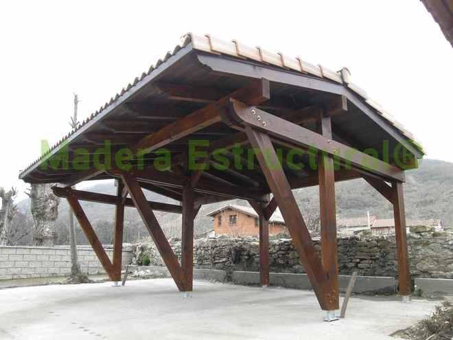 Garage de madera