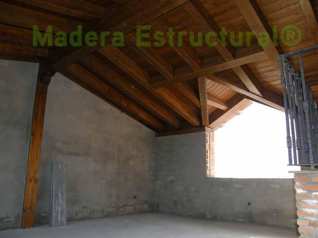 Tejado a dos aguas de madera estructural madera estructural - Estructura tejado madera ...