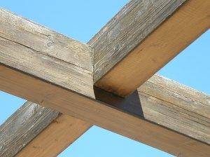 No se deben permitir estas medias maderas a la intemperie.