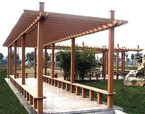 Testas de pilares protegidas con caperuzas metáilcas