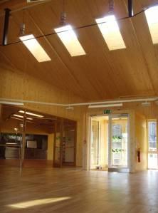 Interior de la escuela de Acharacle